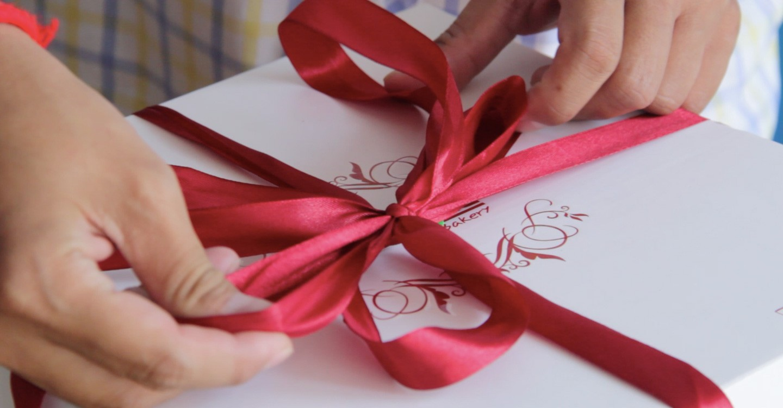 birthday-gift_w1440